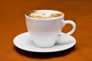 Vitamiinide imendumine pidurdub kohvi joomisel.