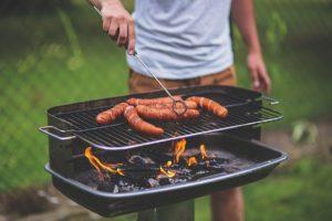 Avatud tulel kindlasti grillida ei tohi. Kasuta vett leekide kustutamiseks.