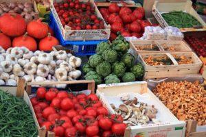 """Ensüüme sisaldab ja seedimist toetab """"elus toit""""."""