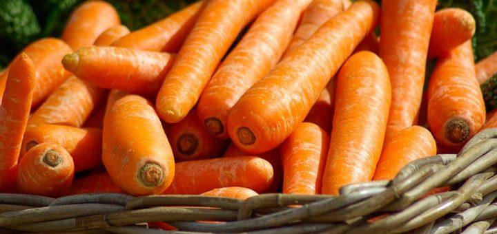 Antioksüdandid ja vitamiinid on omavahel seos, nagu näiteks A-vitamiin ja kartenoidid porgandis.