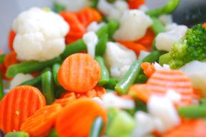 Päev või kaks enne paastu alustamist on hea alustada kergema toitumisega, näiteks aurutatud juurviljadega.