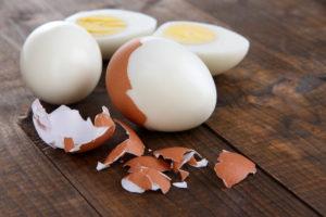 Munakollases leiduv letsitiin aitab alandada halva kolesterooli taset.