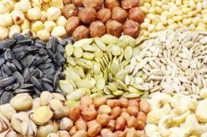 LCHF toitumisel aitab lai valik pähkleid ja seemneid hoida heade rasvade tarbimist tasakaalus.