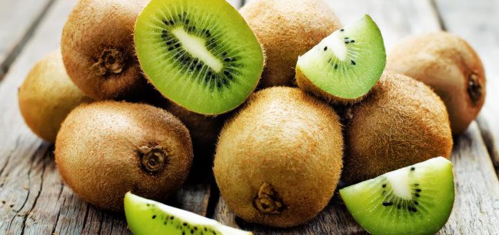 Kiivi on suurepärane C-vitamiini ja K-vitamiini allikas.
