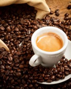 Tass espressot sisaldab 40–75 mg kofeiini ehk alla veerandi päevasest kofeiini ülempiirist.