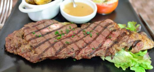 Loomsest toidust nagu liha saame kõik asendamatud aminohapped.