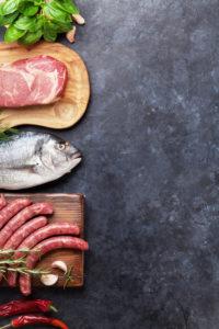 Toortoitumine lubab kuumutamata toore liha ja kala söömist.