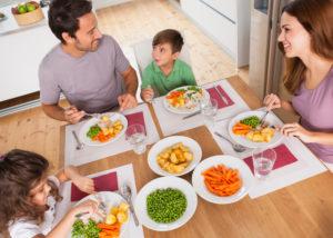 Tervislik õhtusöök peaks olema umbes kaks tundi enne magamaminekut.