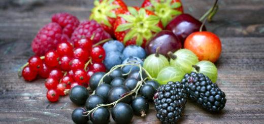 Puuviljades ja marjades olev fruktoos on tasakaalustatud teiste toitainetega.