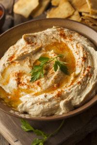 Hummust saab kasutada dipikastme või leivamäärdena.
