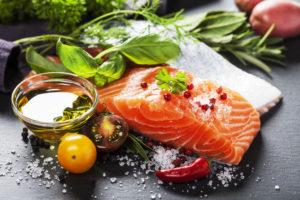 Erinevaid valke nagu kala, liha, muna või piim ei ole soovitatav koos süüa.