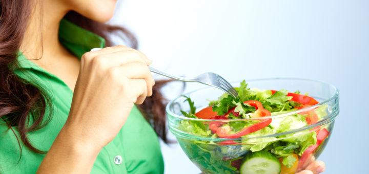 Seedeensüümid alustavad toidu lagundamist hetkest, kui toit suhu satub.