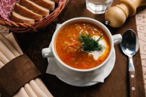 Köögiviljaboršile on hea lisada kvaliteetset rasva karotenoidide paremaks imendumiseks.