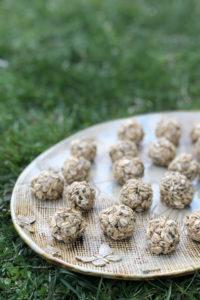 Tervislikud kommid maapähklivõi ja meega .
