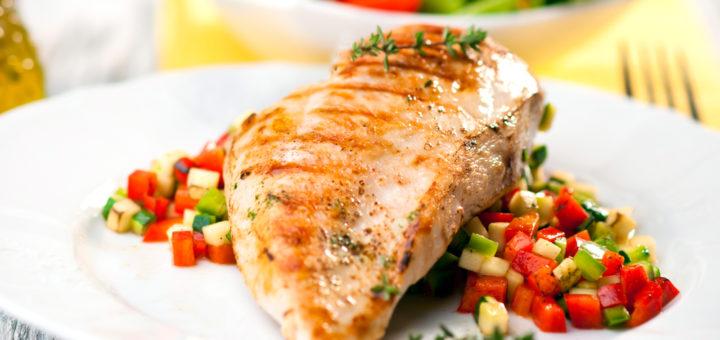 Kanafilee sisaldab võrreldes kanakoibadega vähem rasva.