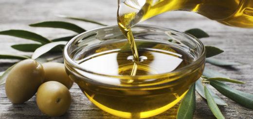 Oliiviõli sisaldab rohkelt monoküllastumata rasvhappeid, mis aitavad langetada vererõhku ja toetavad südant.