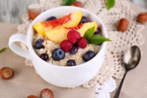 Kaerahelbepuder on ideaalne hommikusöök, mis muu hulgas aitab ka kehakaalu kontrolli all hoida.