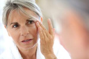 Tänu kõrgele antioksüdantide sisaldusele on astelpajuõli ideaalne küpsema naha hooldamiseks.